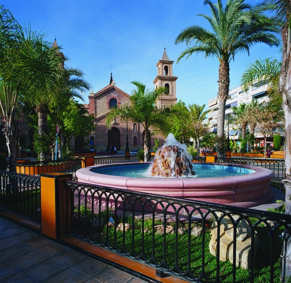 Hotel En Torrevieja Apartamentos Fresno Situado A 20